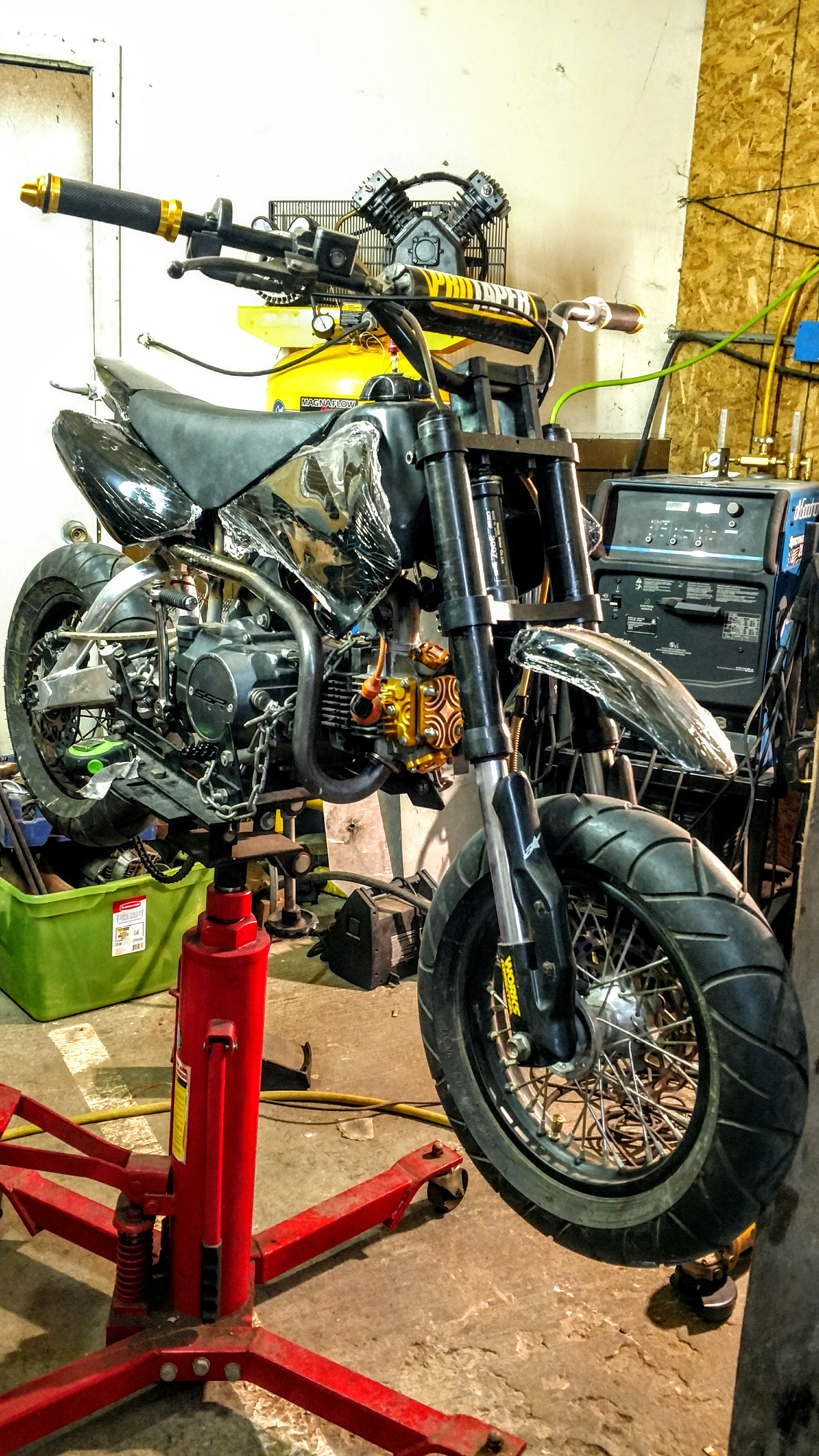 Click image for larger version.  Name:MyCRF50-1xx-pre-assembly-1.jpg Views:14 Size:2.29 MB ID:205953