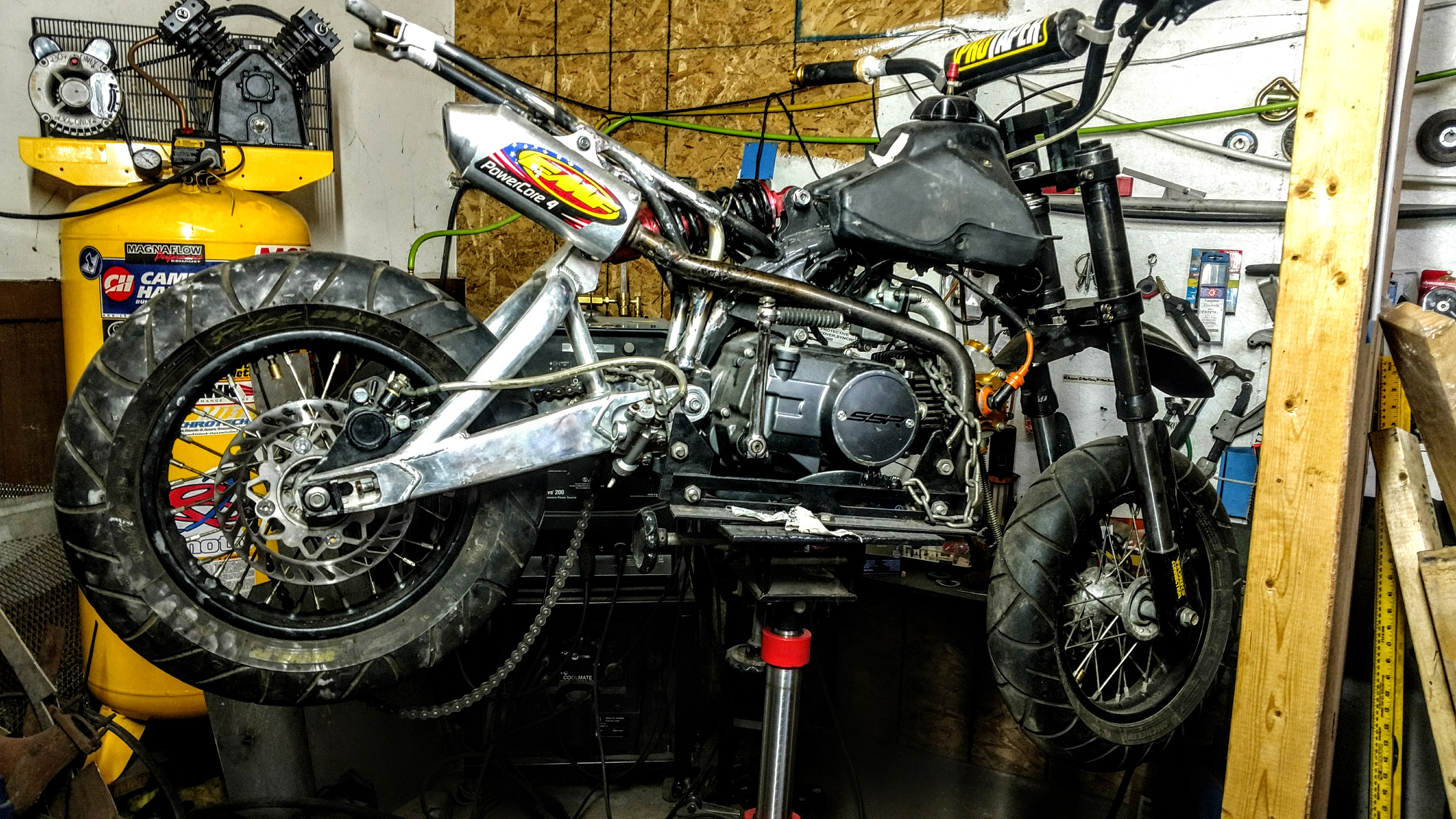 Click image for larger version.  Name:MyCRF50-1xx-pre-assembly-3.jpg Views:20 Size:2.55 MB ID:205969
