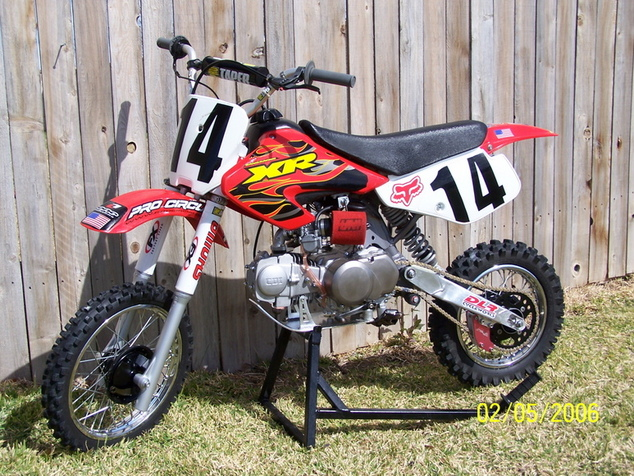 Click image for larger version.  Name:shanes bike.jpg Views:990 Size:220.2 KB ID:8003